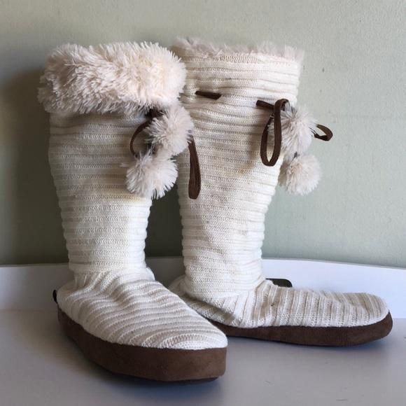 Muk Luks Shoes Original White Knit Slipper Boots 6 75 Poshmark